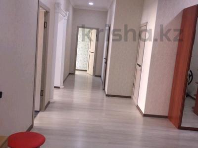 2-комнатная квартира, 110 м², 5/10 этаж помесячно, 17-й мкр 18/1 за 185 000 〒 в Актау, 17-й мкр — фото 10