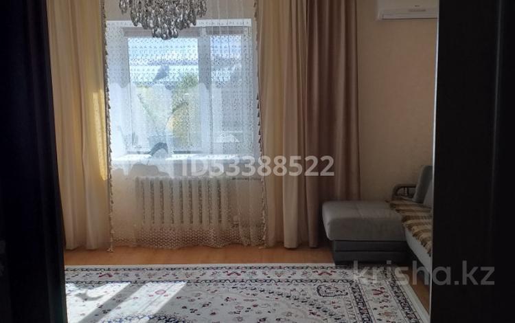 2-комнатная квартира, 62 м², 3/5 этаж, мкр Кадыра Мырза-Али 9 за 22 млн 〒 в Уральске, мкр Кадыра Мырза-Али
