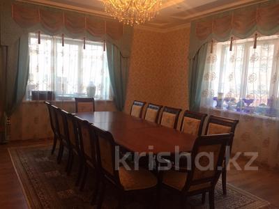 7-комнатный дом, 300 м², 8 сот., мкр Карагайлы, Ерубаева 31 за 82 млн 〒 в Алматы, Наурызбайский р-н — фото 8