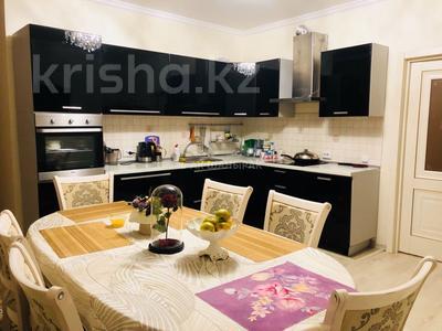 3-комнатная квартира, 117 м², 4 эт. помесячно, Сауран 3/1 за 220 000 ₸ в Нур-Султане (Астана), Есильский р-н — фото 2