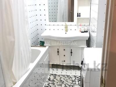 3-комнатная квартира, 117 м², 4 эт. помесячно, Сауран 3/1 за 220 000 ₸ в Нур-Султане (Астана), Есильский р-н — фото 6