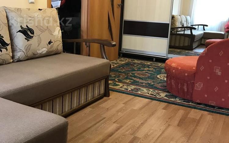 1-комнатная квартира, 30 м², 2/4 этаж, Габдуллина — Манаса за 14.5 млн 〒 в Алматы, Бостандыкский р-н