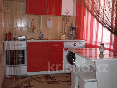1-комнатная квартира, 30 м², 1/5 эт. посуточно, Карбышева 62 — проспект Абулхаир Хана за 6 000 ₸ в Уральске