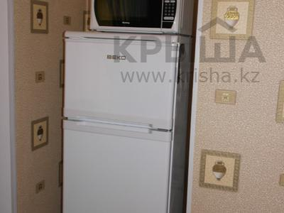 1-комнатная квартира, 30 м², 1/5 эт. посуточно, Карбышева 62 — проспект Абулхаир Хана за 6 000 ₸ в Уральске — фото 5