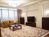 3-комнатная квартира, 120 м², 4/9 этаж помесячно