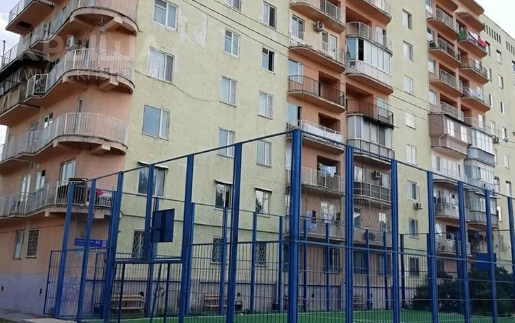 3-комнатная квартира, 63 м², 2/9 этаж, Молдагуловой 44 — Республики за 14 млн 〒 в Шымкенте