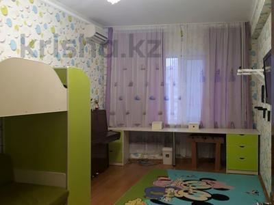4-комнатная квартира, 160 м², 16/18 этаж, Кенесары 44 за 46 млн 〒 в Нур-Султане (Астана), Алматы р-н — фото 14