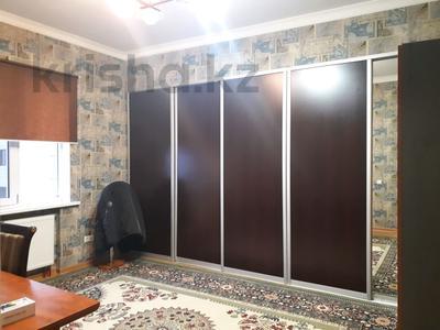 4-комнатная квартира, 160 м², 16/18 этаж, Кенесары 44 за 46 млн 〒 в Нур-Султане (Астана), Алматы р-н — фото 15