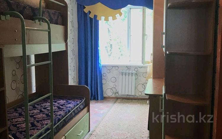 3-комнатная квартира, 58 м², 5/5 эт., Пр Момышулы за 12 млн ₸ в Шымкенте, Аль-Фарабийский р-н