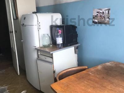 1-комнатная квартира, 41 м², мкр Аксай-1А — Яссауи за 9 млн ₸ в Алматы, Ауэзовский р-н
