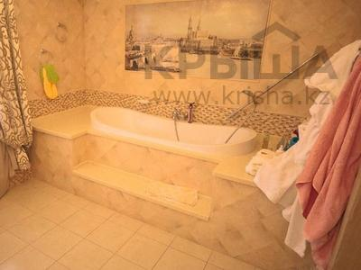 9-комнатный дом, 420 м², 7 сот., мкр Таугуль-3, Дауленова 45 за 140 млн 〒 в Алматы, Ауэзовский р-н