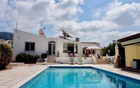 5-комнатный дом, 220 м², 12 сот., Тала за 185 млн 〒 в Пафосе