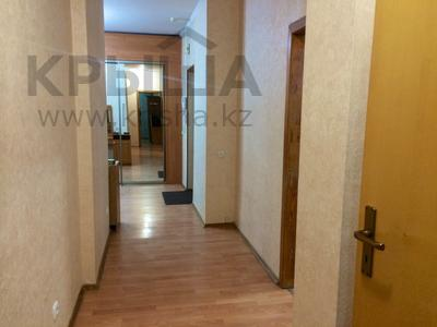 4-комнатная квартира, 160 м², 14/14 эт. посуточно, Масанчи 98в — Абая за 20 000 ₸ в Алматы — фото 20