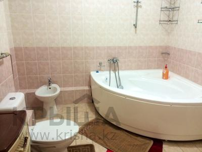 4-комнатная квартира, 160 м², 14/14 эт. посуточно, Масанчи 98в — Абая за 20 000 ₸ в Алматы — фото 22