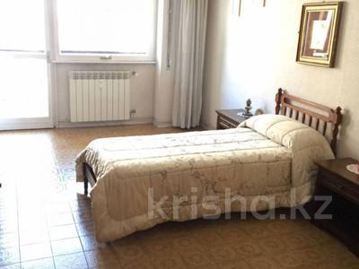 3-комнатная квартира, 86 м², 2/5 эт., Лидо ди Остия 1 за 81 млн ₸ в Риме — фото 8