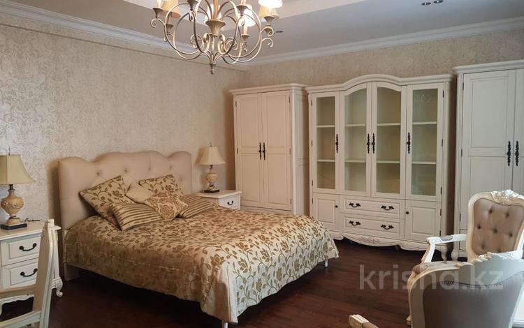 5-комнатная квартира, 275 м², 1/9 эт., Валиханова — Жамбыла за 342 млн ₸ в Алматы, Медеуский р-н