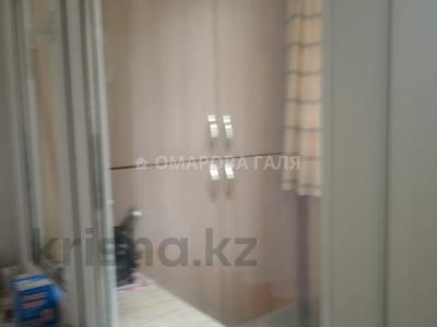 2-комнатная квартира, 75 м², 6/9 этаж, Толе би 298 — Утеген Батыра за 29.5 млн 〒 в Алматы, Ауэзовский р-н — фото 9
