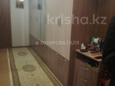 2-комнатная квартира, 75 м², 6/9 этаж, Толе би 298 — Утеген Батыра за 29.5 млн 〒 в Алматы, Ауэзовский р-н — фото 13