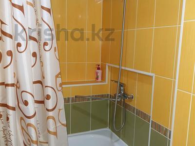 1-комнатная квартира, 30 м², 2/4 эт. посуточно, проспект Тауке хана 4 — Момышулы за 8 000 ₸ в Шымкенте, Аль-Фарабийский р-н — фото 11