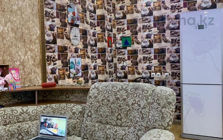 3-комнатная квартира, 71 м², 8/36 этаж, Достык за 28 млн 〒 в Нур-Султане (Астана), р-н Байконур