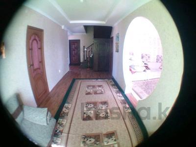 5-комнатный дом, 169 м², 6 сот., Д.Кунаева 11 за 28 млн 〒 в Караоткеле — фото 4