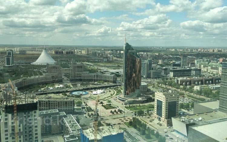 1-комнатная квартира, 180 м², 41/41 эт. помесячно, Достык 5/1 за 1.1 млн ₸ в Нур-Султане (Астана), Есильский р-н