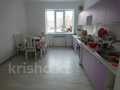 5-комнатный дом, 150 м², 8 сот., улица Момышулы 42 за ~ 19.5 млн 〒 в