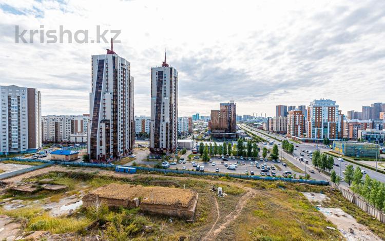 2-комнатная квартира, 83 м², 9/17 этаж, проспект Тауелсыздык за 22.5 млн 〒 в Нур-Султане (Астана), Алматы р-н