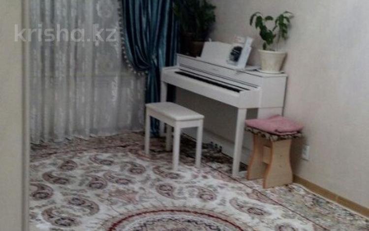 3-комнатная квартира, 68 м², 3/5 эт., мкр Мамыр-2, Шаляпина — Саина за ~ 27 млн ₸ в Алматы, Ауэзовский р-н