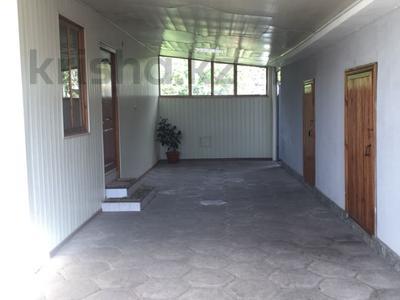 5-комнатный дом, 170 м², 8 сот., Крылова 6 — Некрасова за 21.5 млн 〒 в Есик — фото 3
