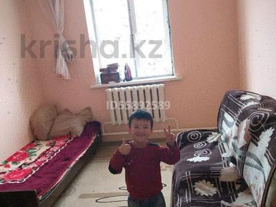 5-комнатный дом, 117 м², 8 сот., Жайық 37 — Магазин НУР за 15 млн 〒 в в селе Шамалган