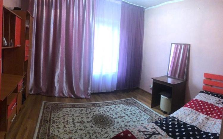 2 комнаты, 54 м², мкр Жетысу-4 17 — Абая момышулы за 25 000 ₸ в Алматы, Ауэзовский р-н