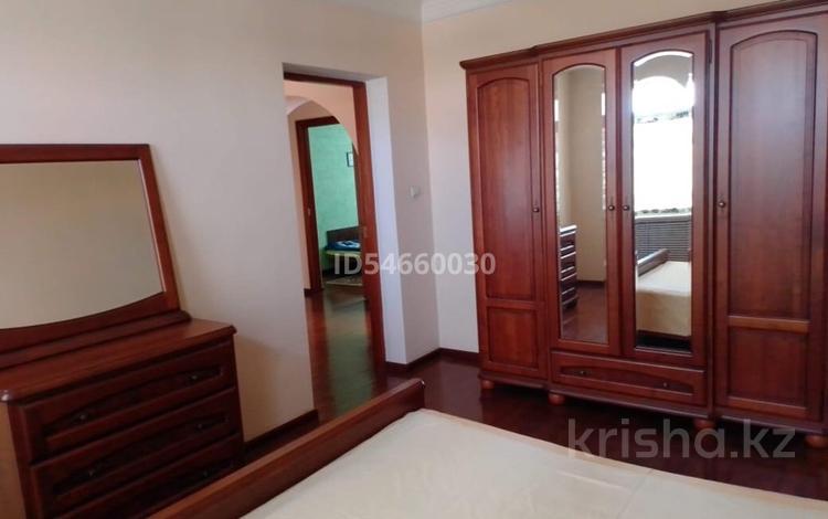 5-комнатный дом, 210 м², 6 сот., Дурумбетова 26 — Айтиева за 50 млн 〒 в Таразе