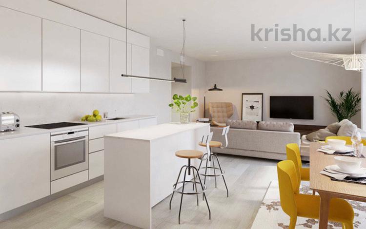 3-комнатная квартира, 98 м², 2/3 этаж, Ревуэльта 10 за 100 млн 〒 в Эстепоне