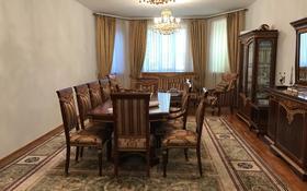 7-комнатный дом помесячно, 400 м², 20 сот., Есильский р-н за 1.2 млн ₸ в Астане, Есильский р-н