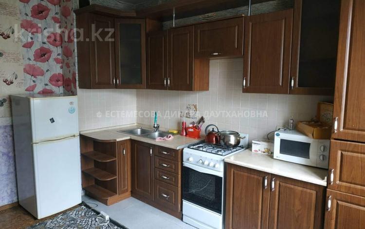 2-комнатная квартира, 65 м², 3/6 эт., мкр Кокжиек за 15 млн ₸ в Алматы, Жетысуский р-н