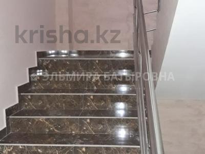 2-комнатная квартира, 54 м², 3/10 эт., Омарова 3 за 15.9 млн ₸ в Астане, Есильский р-н — фото 3