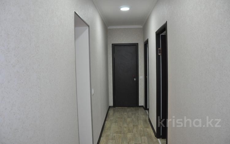 """2-комнатная квартира, 60 м², 1/4 этаж посуточно, мкр """"Шыгыс 2"""", Шыгыс-2 380 за 7 000 〒 в Актау, мкр """"Шыгыс 2"""""""