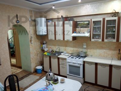 2-комнатная квартира, 40 м², 1/2 этаж, Азовская 15 — проспект Рыскулова за 8.5 млн 〒 в Алматы, Жетысуский р-н