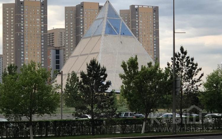 Помещение площадью 190 м², Нажимеденова, 4 — Калдаякова за 1.4 млн 〒 в Нур-Султане (Астана)