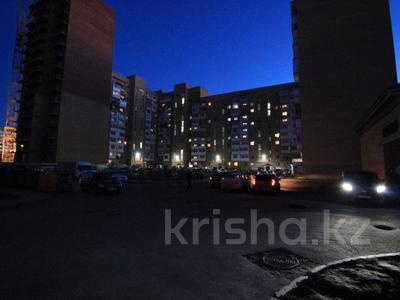 1-комнатная квартира, 35 м², 9/13 этаж, Шаймердена Косшыгулулы — Бейсековой за ~ 10.4 млн 〒 в Нур-Султане (Астана), Сарыаркинский р-н — фото 10