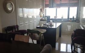 5-комнатная квартира, 185 м², 10 этаж помесячно, проспект Рахимжана Кошкарбаева 2 за 400 000 〒 в Нур-Султане (Астана), Алматы р-н