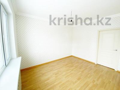 2-комнатная квартира, 52 м², 3/9 этаж, Сыганак 21/1 за 24 млн 〒 в Нур-Султане (Астана), Есиль р-н — фото 11