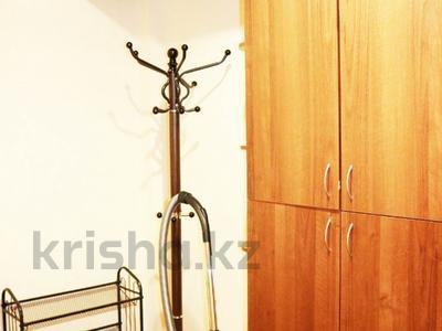 2-комнатная квартира, 54 м², 10/14 эт., мкр Самал-2, Бектурова 69 — проспект Назарбаева за 28.5 млн ₸ в Алматы, Медеуский р-н — фото 3