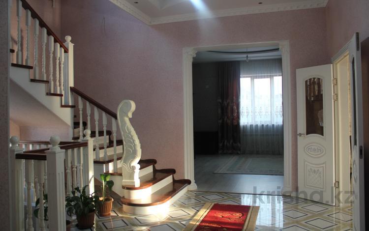 6-комнатный дом, 269 м², 7 сот., Луч Востока 485 за 65 млн ₸ в Бесагаш (Дзержинское)