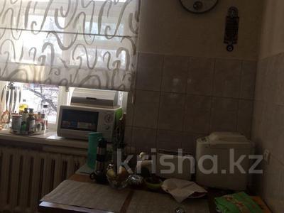 2-комнатная квартира, 56 м², 3/5 эт., Мира 7 — Ерубаева,Лободы за 14 млн ₸ в Караганде, Казыбек би р-н — фото 2