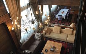 7-комнатный дом, 591 м², 8 сот., мкр Коктобе — Сагадата Нурмагамбетова за 375 млн ₸ в Алматы, Медеуский р-н