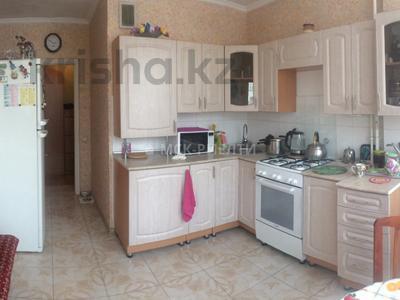 2-комнатная квартира, 58 м², 3/5 этаж, мкр Жулдыз-1 за 17.5 млн 〒 в Алматы, Турксибский р-н