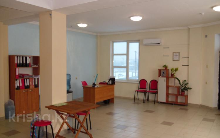 Помещение площадью 100 м², мкр Алтын Бесик, Анет баба 40 A — Толе би за 150 000 ₸ в Алматы, Ауэзовский р-н