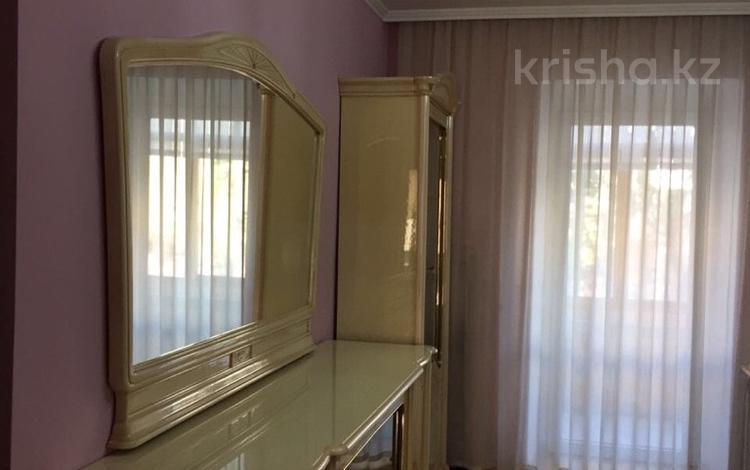 2-комнатная квартира, 62 м², 2/4 этаж, Бухар жырау 13 — Чкалова за 15.5 млн 〒 в Караганде